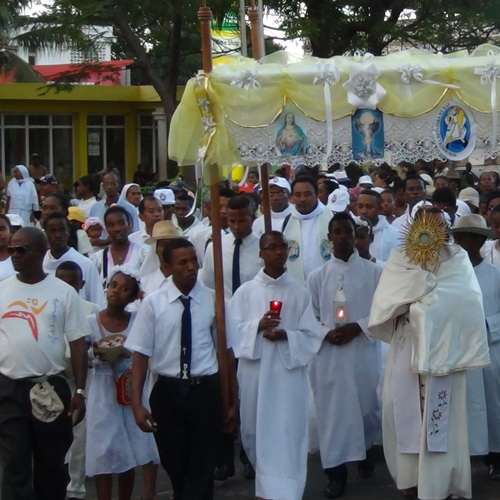 PROCESSION SACREMENT 29 /05/16